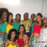 Mamadi Joliba et Kadiatou Conte des Ballets Djoliba avec les filles a Miss Guinee